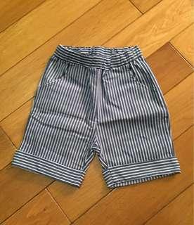 🚚 仿單寧藍白條紋短褲