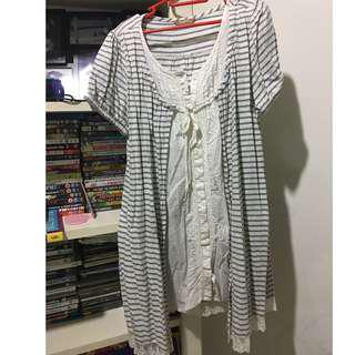 Blue and white stripes short sleeves maternity tunic