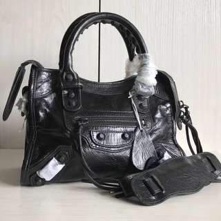 Balenciaga Classic City Mini 23 (Just look at the price without looking at quality.Please bypass,Tq)