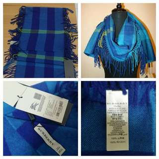 BNWT Authentic Burberry Classic Checked Scarf