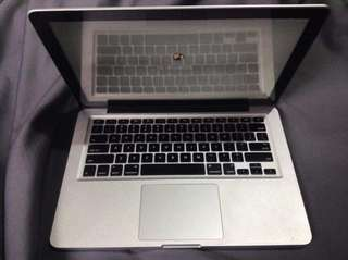 LAPTOP - Mac Book Pro