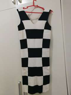 Retro Black and White Bodycon Dress