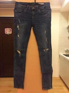 🚚 小刷破牛仔褲。韓