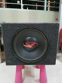 rockford fosgate sub woofer and amplifer