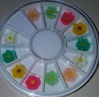 3D Flower/Alloy Crystal Studs In Wheel