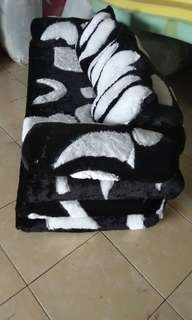 sofa bad rasfur
