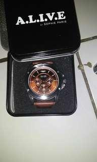 Jam tangan alive