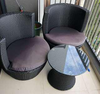 Rattan Outdoor Patio Set with Table (stackable)