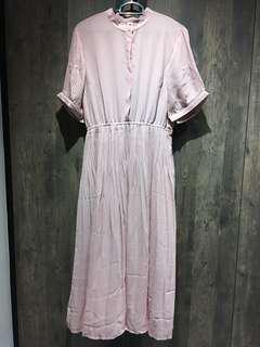 🚚 Dress in Dusty Pink