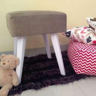 stool / sofa kecil