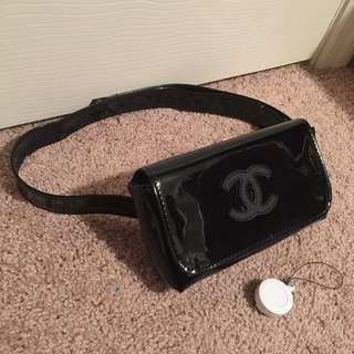 CHANEL VIP Gift Fanny Pack/Clutch