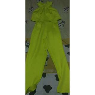 Jumpsuit halter neck lime premium