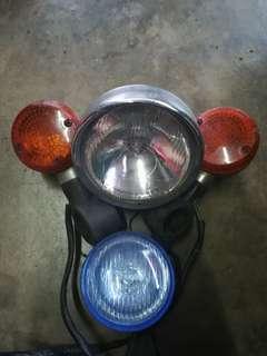 Lampu depan + Signal + spotlight