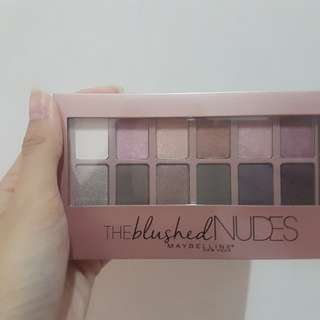 (FREE ONGKIR) MAYBELLINE THE BLUSHED NUDES EYESHADOW PALETTE