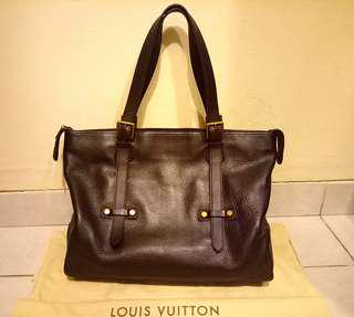 Preloved Louis Vuitton Utah KIOWA.