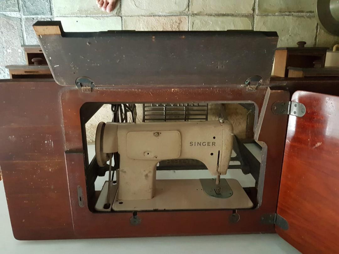 Antique Singer Sewing Machine, Vintage & Collectibles