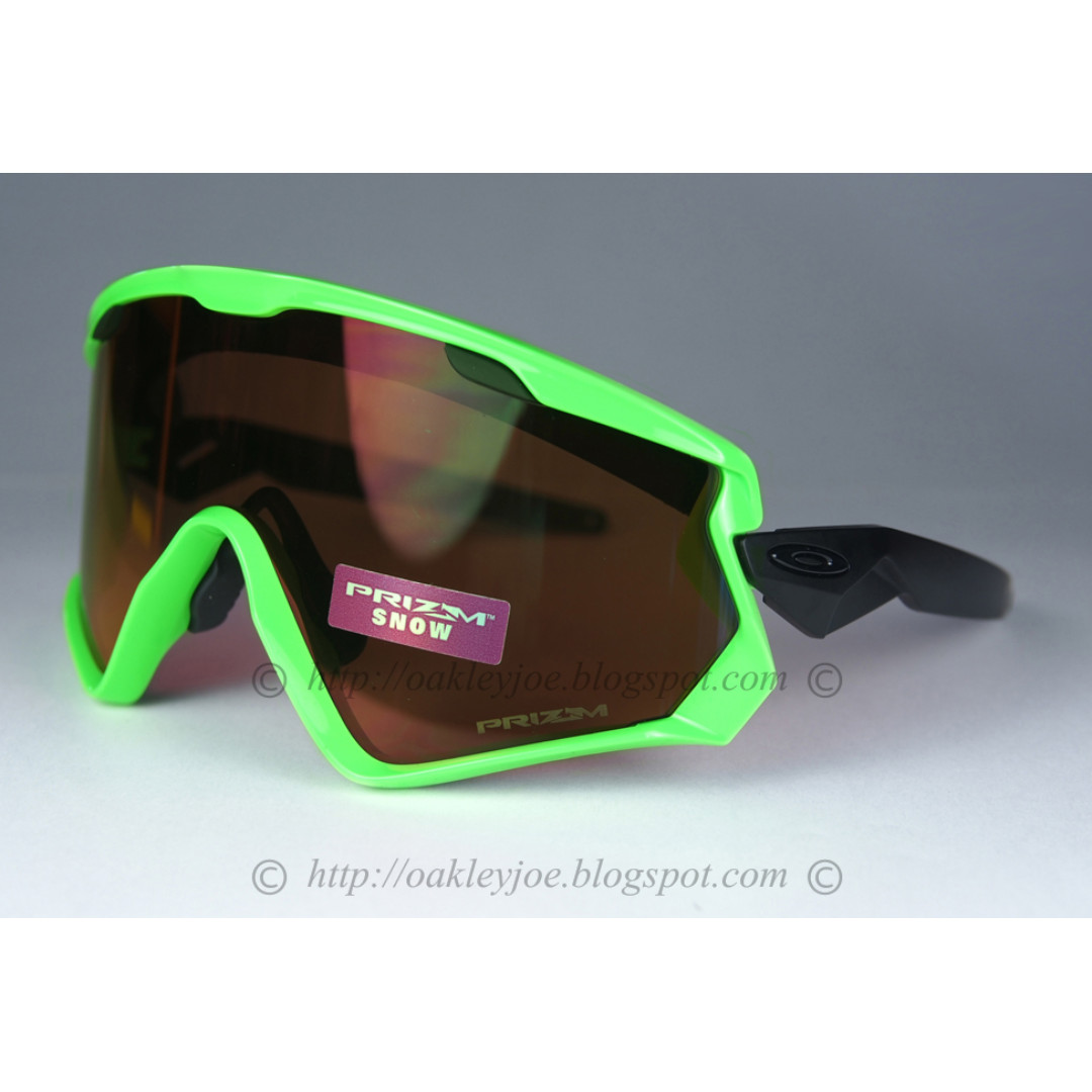 9402f54a64296 Sale! BNIB Oakley Wind Jacket 2 80s green + snow prizm torch iridium ...