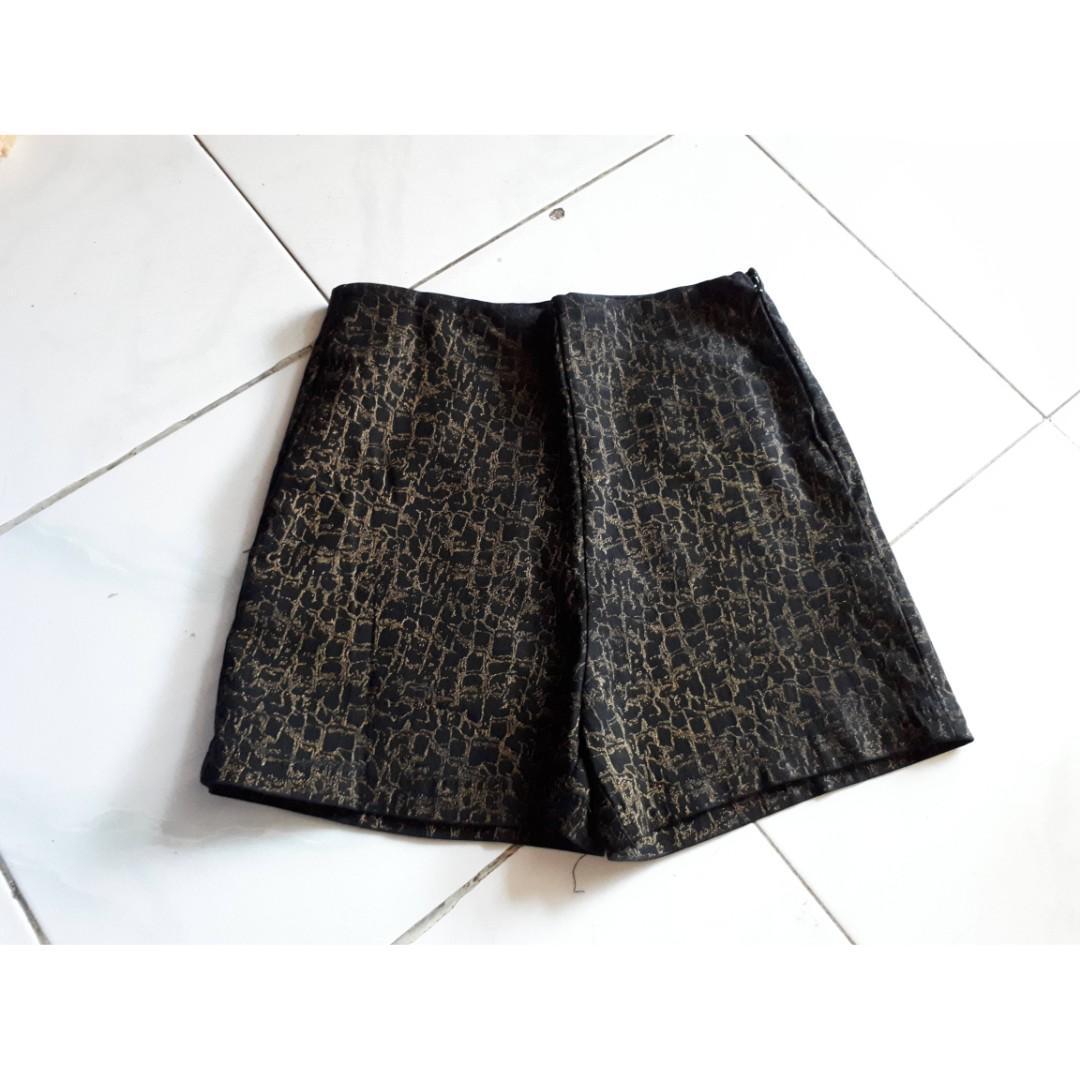 Celana pendek cewek murah
