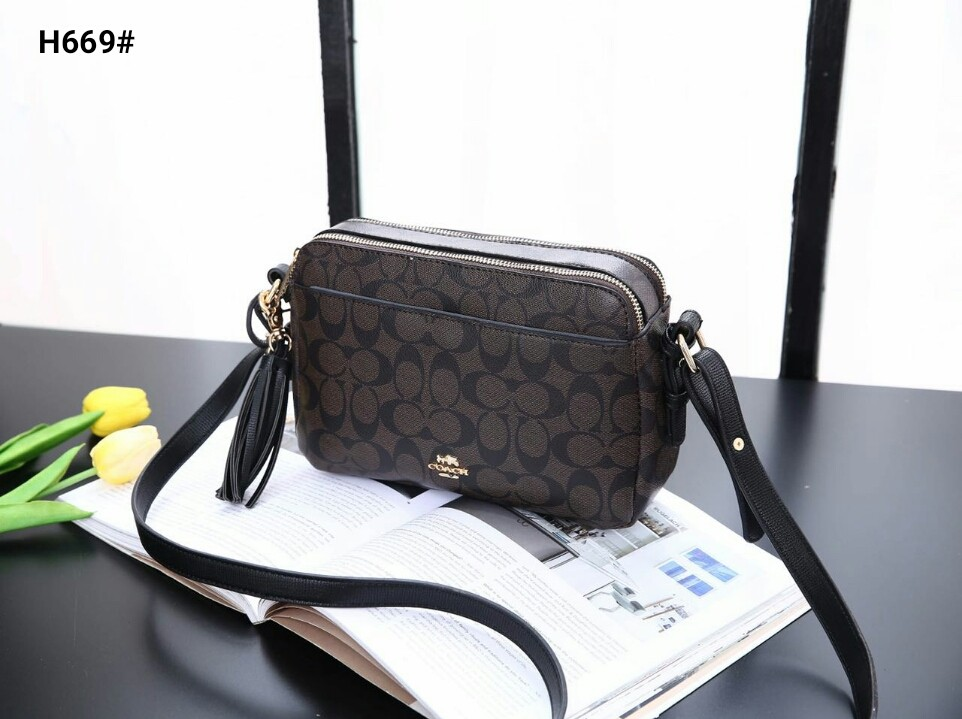 c8891c28303 COACH SLING REPLICA, Luxury, Bags   Wallets, Sling Bags on Carousell