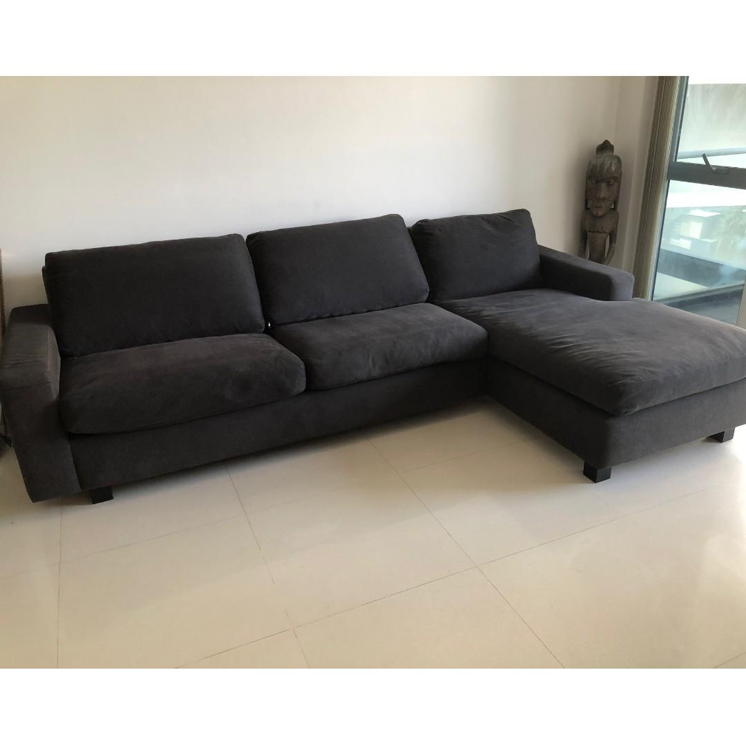 Terrific Designer Sofa Sectional Crate And Barrel Great Condition Gamerscity Chair Design For Home Gamerscityorg