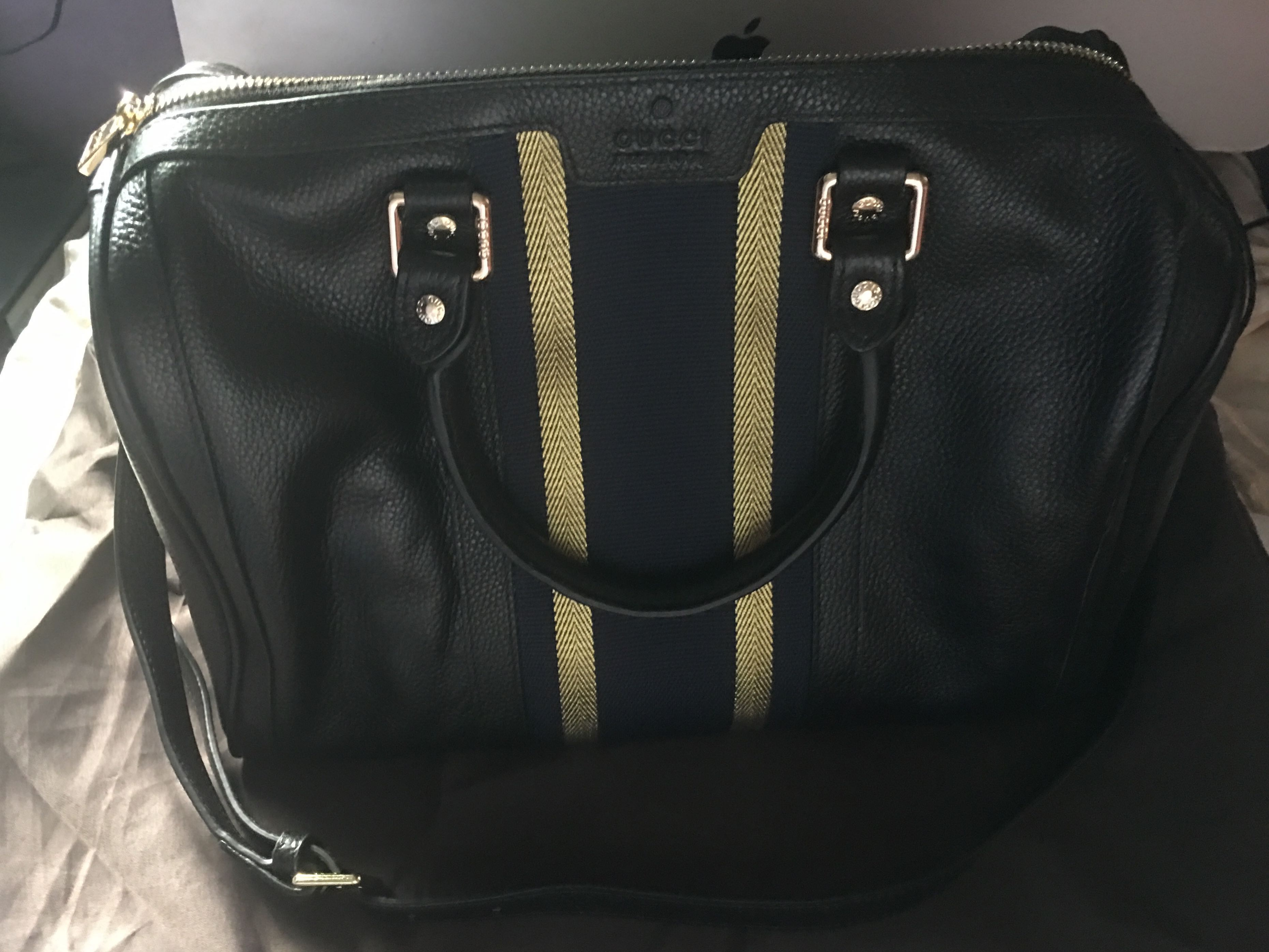 6df582de965 Gucci Boston 30 cm authentic grade quality with slightly flaw ...