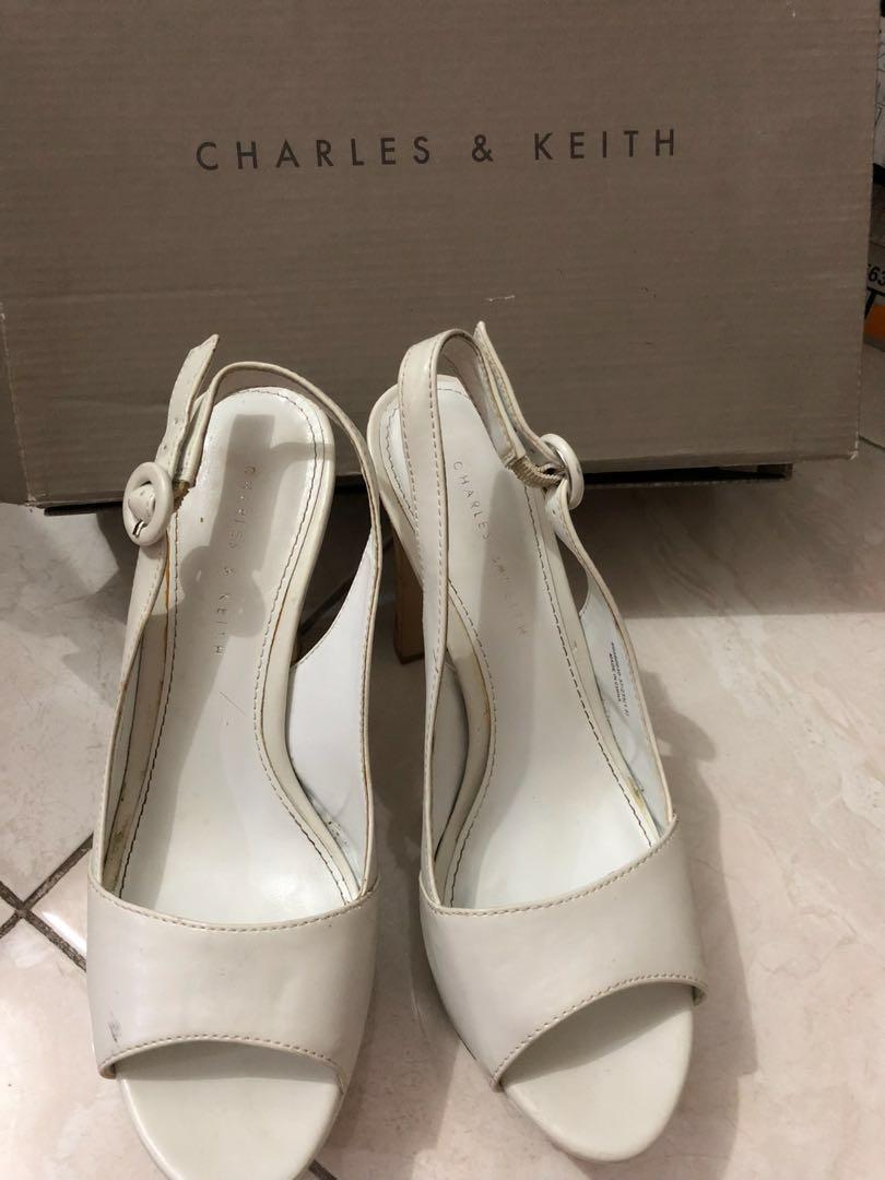 Wanita Gt Sepatu Wedges Peter Keiza Ladies Fila Women Oglio Shoes Putih Pink High Heels Pesta Warna Fesyen Di Carousell