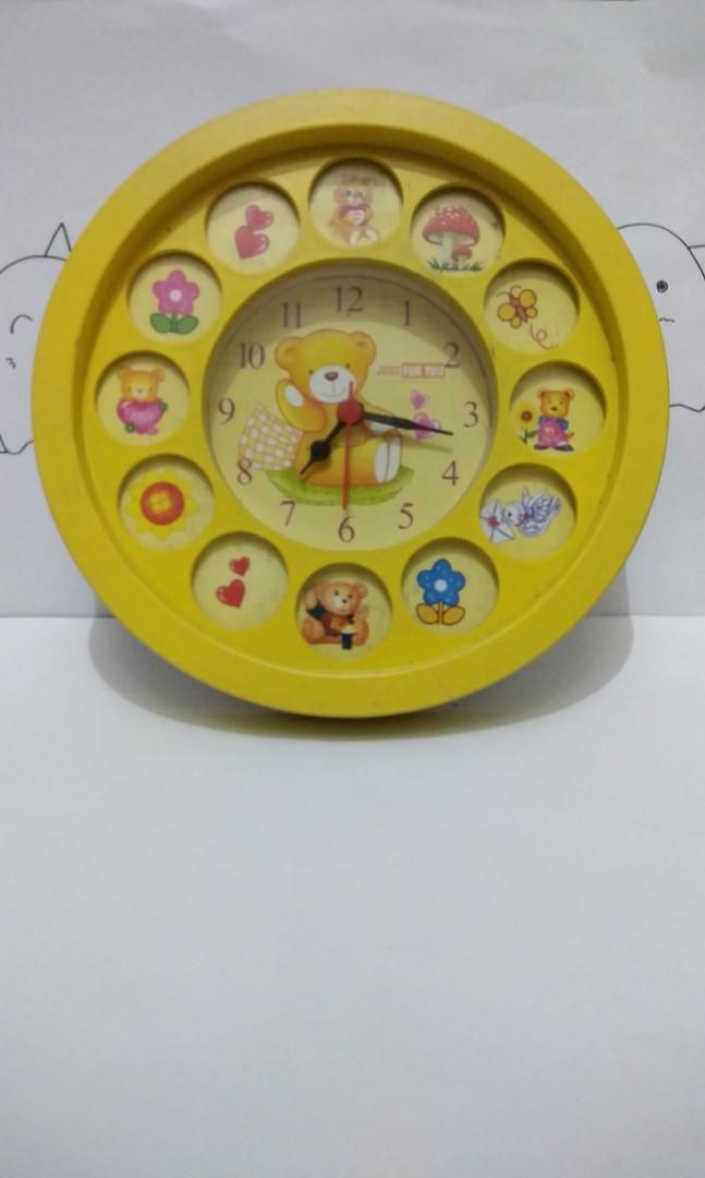 NEW  Jam Dinding + alarm (1) c55170aee8