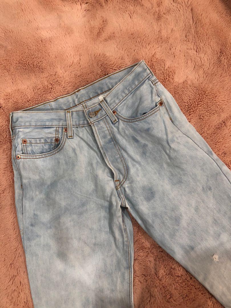 Levi's light blue high waisted vintage jeans