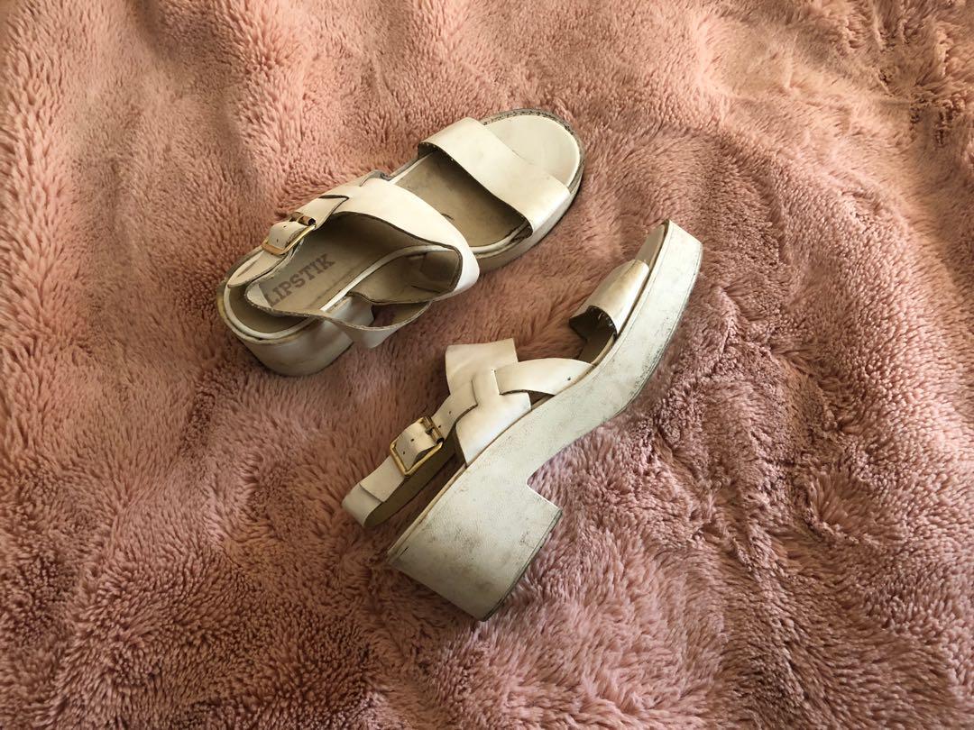 Lipstick flatform heels