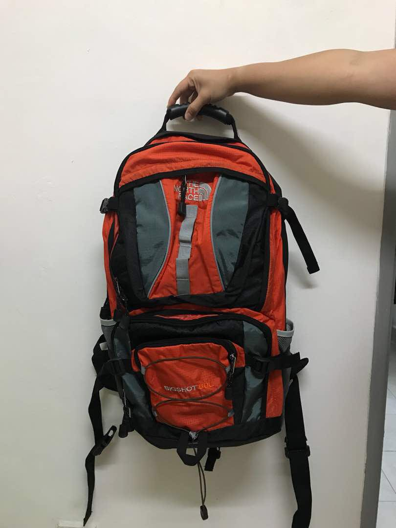 ee2cc250a The north face 60L backpack