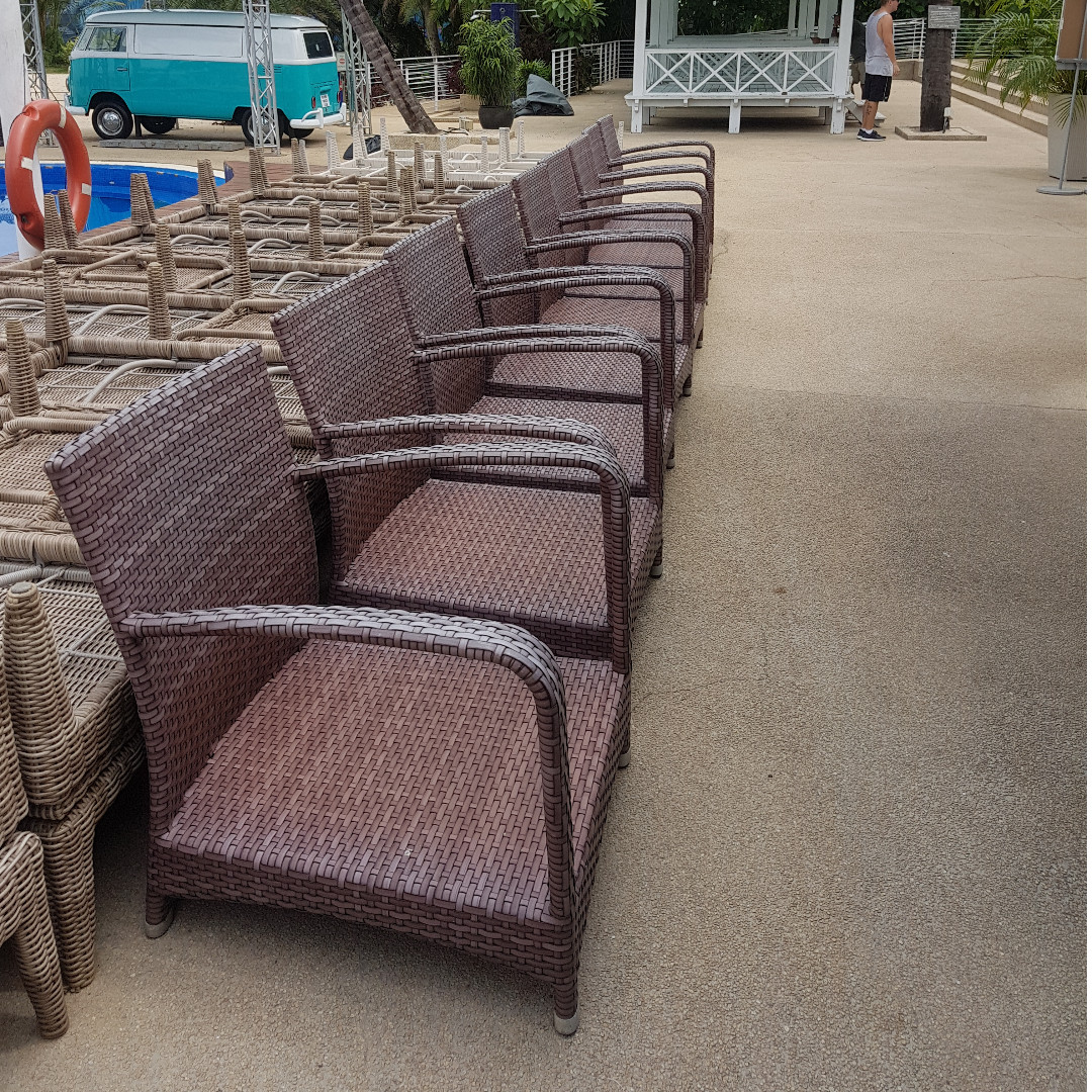 Used Beach Club Outdoor Furnitures Table Chair Bulk Sale F B
