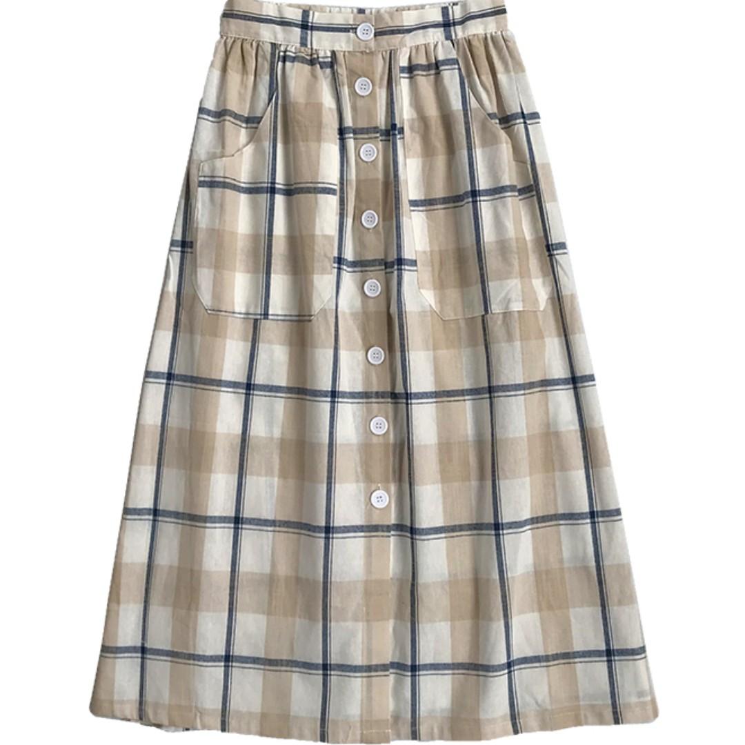 66c2eaf129 Vintage Buttoned Midi Checkered Skirt Ulzzang, Women's Fashion ...
