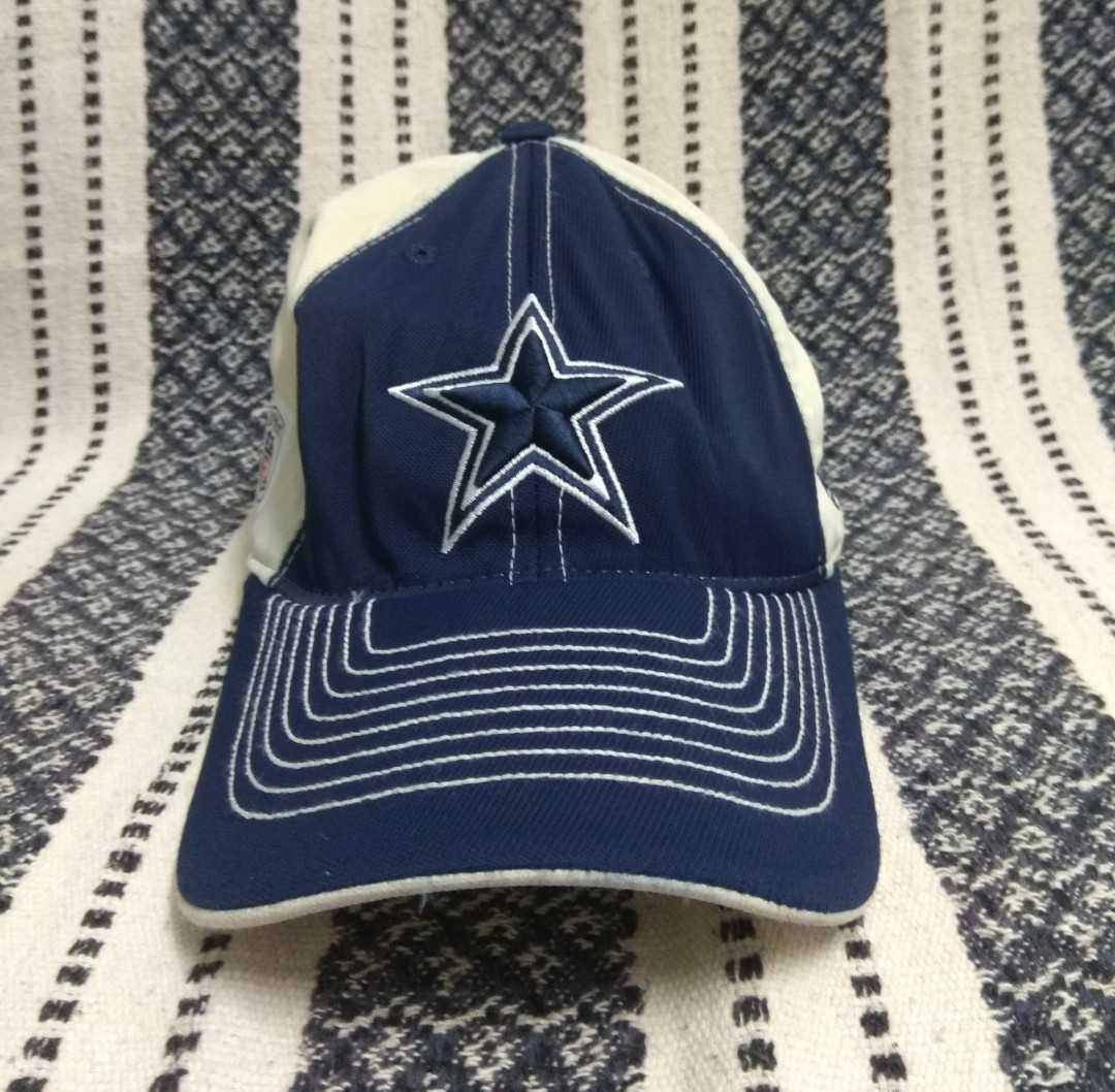 fae9e7dfd Vintage NFL Dallas Cowboys Reebok fitted cap