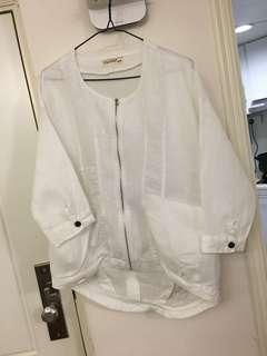 Caixinyi 米白色韓款薄麻外套恤(95%新)sizeF