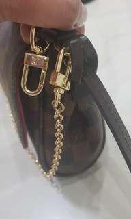 Louis Vuitton Favorite