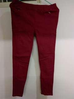 🚚 酒紅色長褲