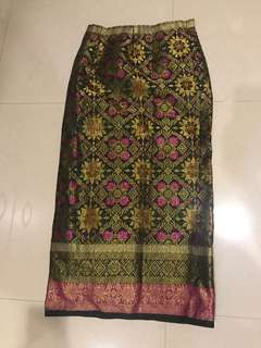 1 Set Bustier + Songket Skirt