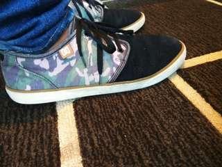 SALE!! DC Shoes