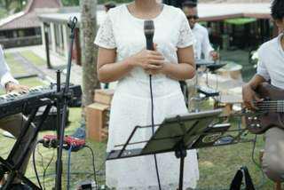 Eprise white dress