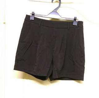 🚚 NATURALLY JOJO西裝式短褲