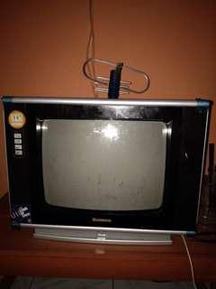 Tv changhong 14in