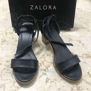 ZALORA BLACK CHUNKY HEELS SIZE 39 TINGGI 6cm