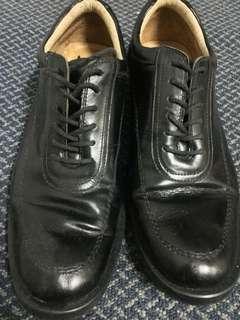 Sepatu pantofel kulit asli ukuran 39