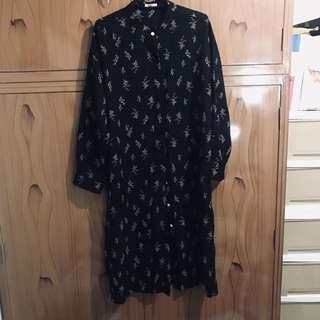 黑色雪紡紗小花長洋裝