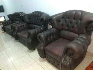 Sofa antik fullset keadaan 85% terawat dan mulus harga nego