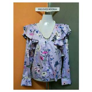 H&M FRILLY TOP