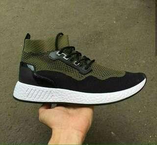 Adidas ultraboost flyknit