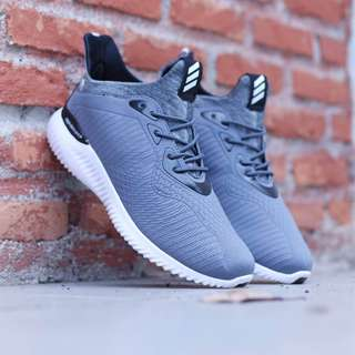 Sepatu Adidas Alpabonce (Grade Ori)