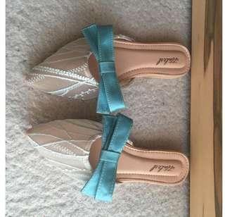 Ittaherl Miss Hepburn (sepatu yg dipake artis Sandra Dewi)