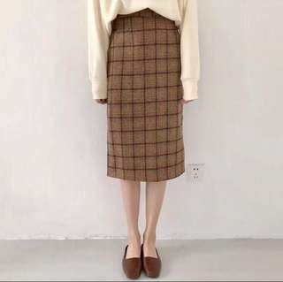 🚚 韓系褐色格子高腰裙